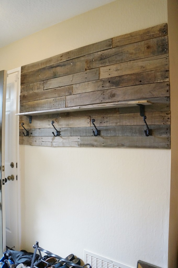 Pallet wall, check. Hooks, check. Shelf, check.